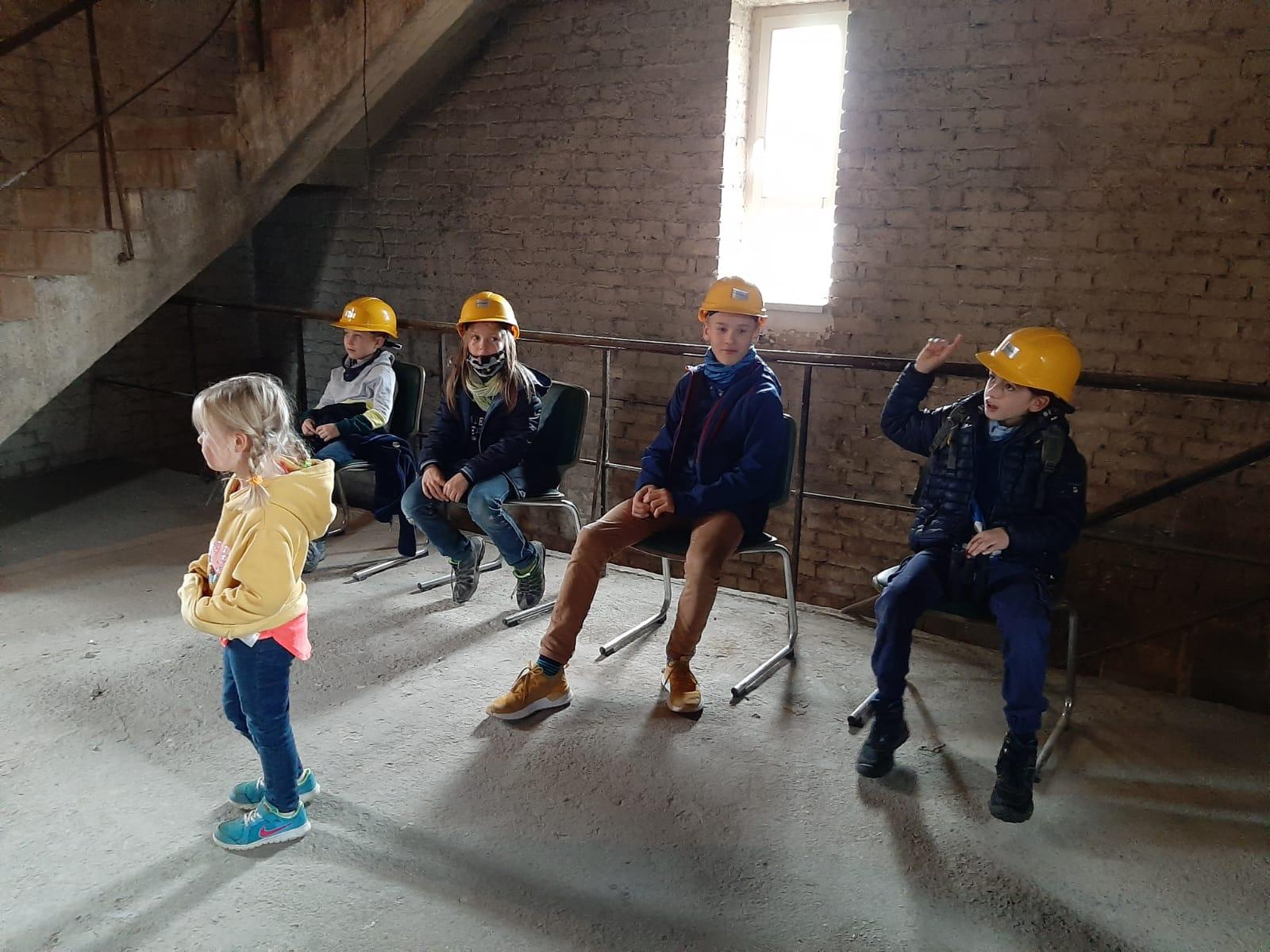 Führungen für und mit Kindern im Turm des Stadtbades.